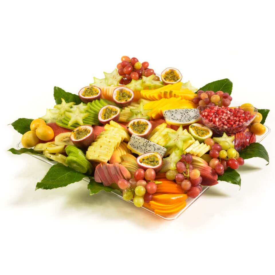 מגשי פירות קרים לחתונת שישי חמה באלי פרי