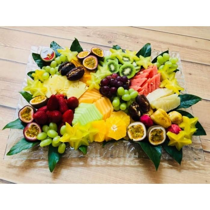 מגש פירות מפנק לחג שבועות
