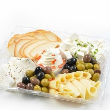מגשים לאירוח גבינות