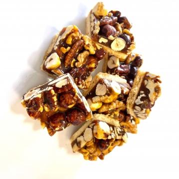 עוגות אגוזי בטופי 8 יח