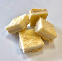 עוגות גבינה 4 יח
